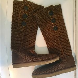 UGG CARDY THREE BUTTON KNIT SWEATER BOOTS